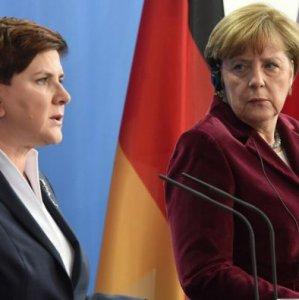 Angela Merkel (R) and Beata Szydlo on Feb. 12, 2016