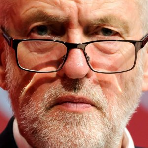 Corbyn: Allies' Bombing of Syria Legally Questionable