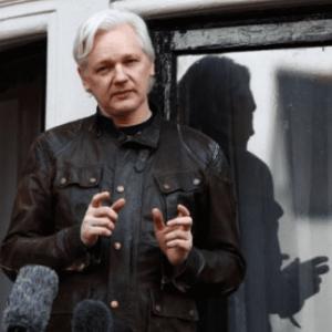 Ecuador Reverses Assange's Extra Security at London Embassy