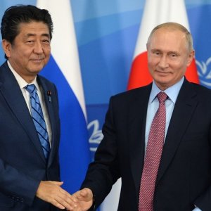 Putin Proposes Historic Russia-Japan Peace Deal