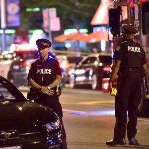 Gunman Shoots 14, Kills 1 in Toronto Rampage