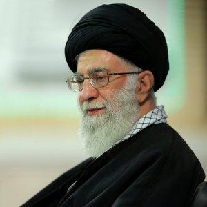 Ayatollah Seyyed Ali Khamenei met with the families of Iranian commandos killed in Syria in Tehran earlier this week.