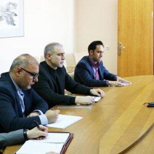 Tehran, Minsk Discuss Boosting Oil Cooperation