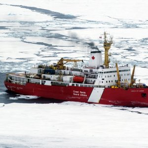 Major Fishing Nations Agree No Fishing in Arctic, for Now