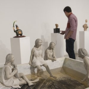 Sculpture Exhibition Displaying Diversity and Divergence