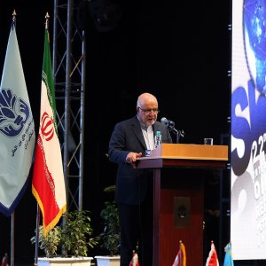 Oil Minister Bijan Namdar Zanganeh speaks at the opening ceremony of Iran Oil Show in Tehran on May 6.