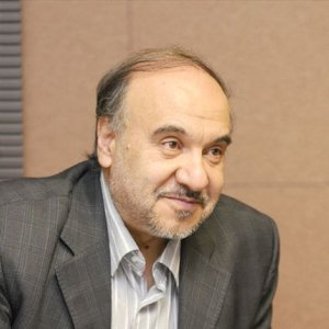 Soltanifar Wants Bigger Role for Handicraft Sector
