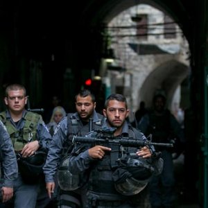 Israel to Arrest Hundreds of Palestinians