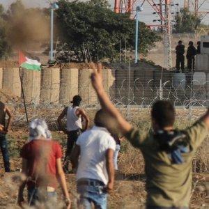 290 Palestinians Injured in Gaza, West Bank