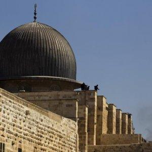 Palestinians Suspicious  of Al-Aqsa Monitoring