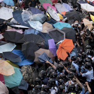 Unrest Could Push HK Into Recession