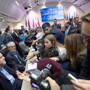 Saudis Adjust Stance  on Iran Oil Increase