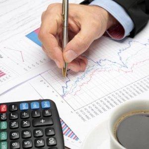 Brokerage Firm Offers Market  for New Treasury Bills