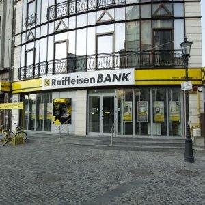 Austria Bank to Restart Tehran Business