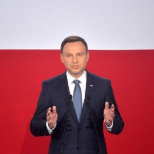 Polish President Concedes Defeat