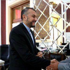 Parliamentary Advisor Meets Houthi Delegation