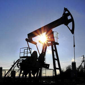 All Russian  Oil Firms to Cut Output
