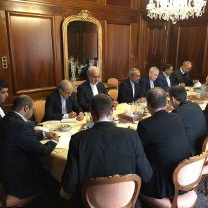 Swiss Banks Urged to Increase Iran Business