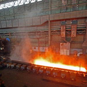 Iran's crude steel output in November stood at 1.585 million tons, indicating a 26.3% rise compared with last year's similar month.