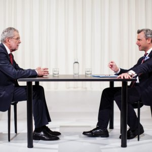 Presidential Poll Showdown in Austria