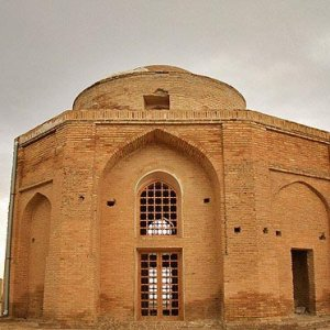 Italian Firm Surveys Iran Heritage Restoration