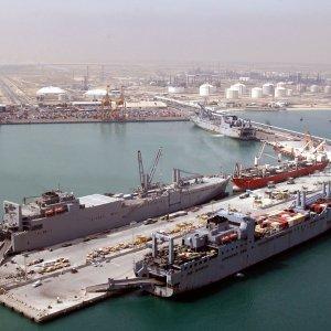 Kuwait Foreign Trade Surplus Shrinks 20%