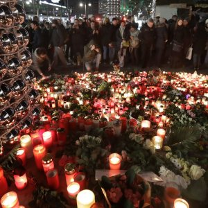 Berlin Attack Suspect Connected to Terror Groups