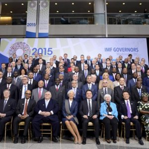 IMF Nations Warn of Forex Rates, Geopolitical Risks