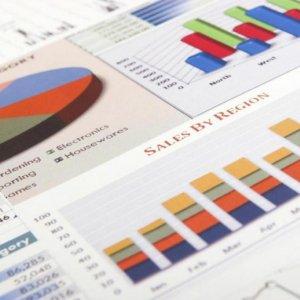 Benchmark Creeps Up  Despite Economic Concerns