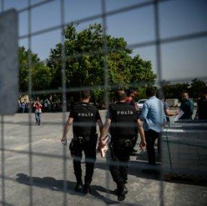 Turkey Suspends 12,800 Police Over Alleged Gulen Links