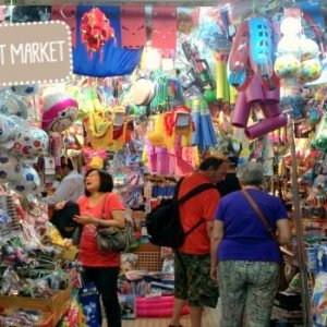 The Mid-Autumn Festival boosted Taiwan's retail trade in August.