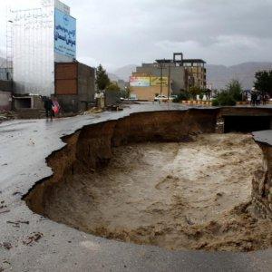 Flooding Kills Six