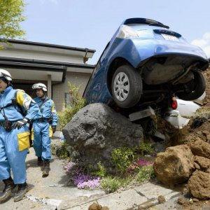 Japan Twin Quakes Toll  Rises to 45