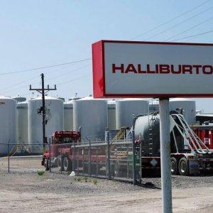 Halliburton Reports $2.1b Charge on Job Cuts, Assets