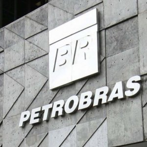 Petrobras Output at 2-Year Low