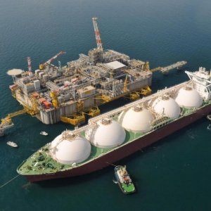 Romania Interested in Iran's LNG, Hydrocarbon Projects