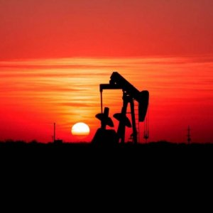US Shale Rigs Near Record Low