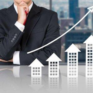 Realtor Positive on Market, Negative on Leasing Firms
