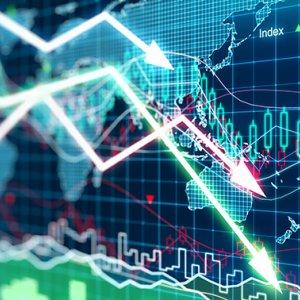 Stocks Fall, Bonds Rise in Drab Trading Week