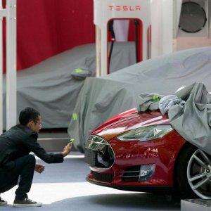 Tesla's Model 3 Orders Top $10 Billion in 36 Hours