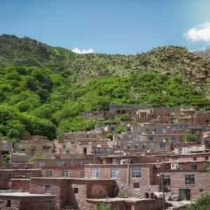 Tourists Urged to Visit Alternative Destinations