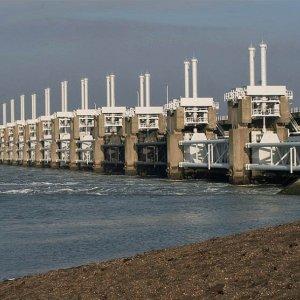 Economic Damage Accelerates as Sea Levels Rise