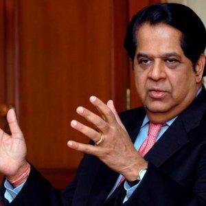 BRICS Bank to Make Debut With Green Bonds