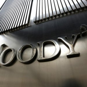 Yuan Firm Despite Moody's Cutting China Outlook