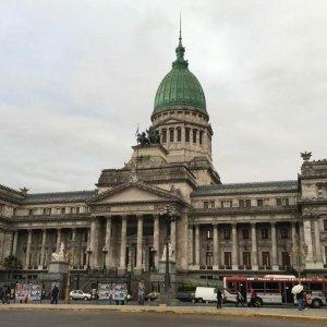 Argentina Edges Toward Defaulted Debt Settlement