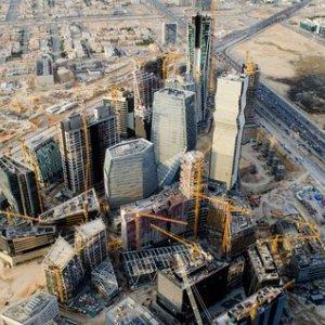 Saudi Orders Cut in Contract Spending