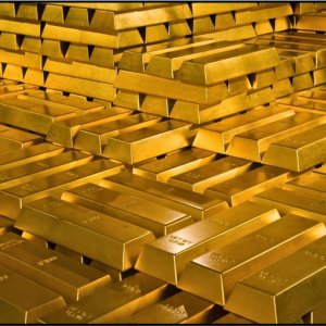 Gold May Surge to $1,400 by Yearend