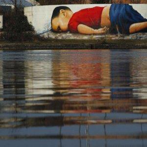 Graffiti Artwork of Drowned Toddler Highlights Refugees' Plight