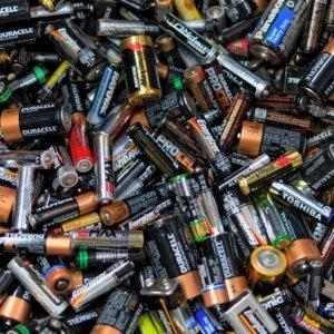 Breakthrough Gives Batteries Longer Life