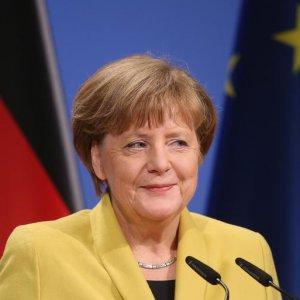 Merkel Announces 4th Term Candidacy